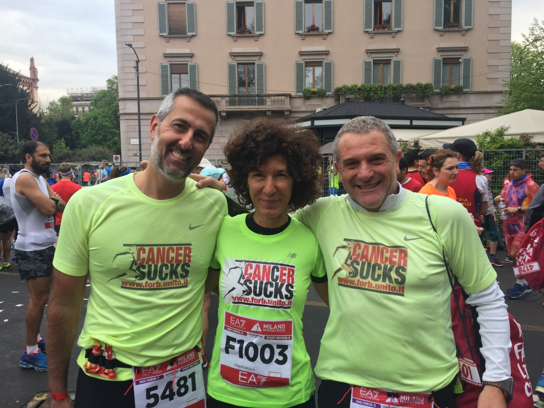 cancer sucks partenza milano marathon